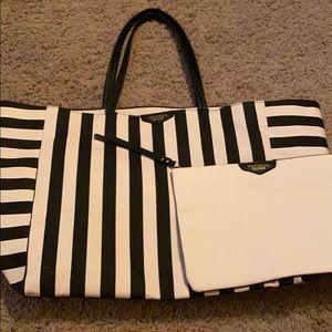 Large VS tote with make up bag- NWOT